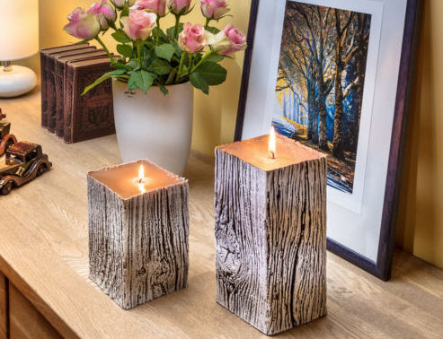 New: candles with wood structure